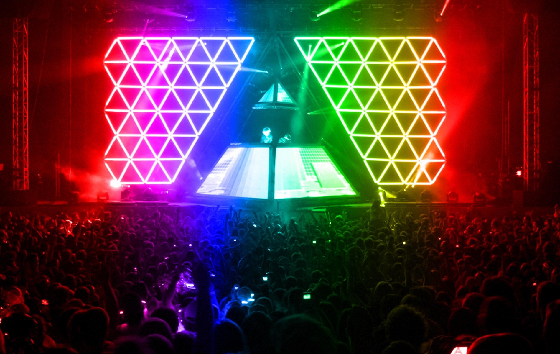 Daft Punk - Alive 2007 Tour