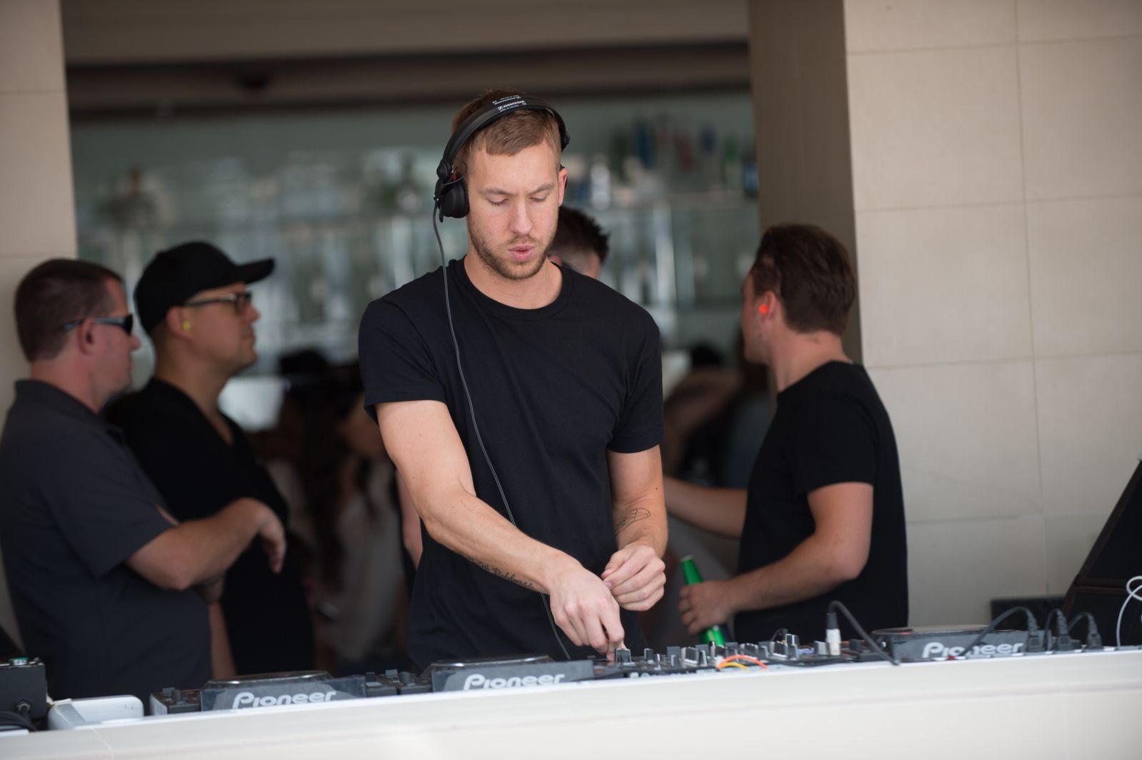 """""""Dance Music That Won't Get Into The Charts"""" Calvin Harris's New Musical Direction"""