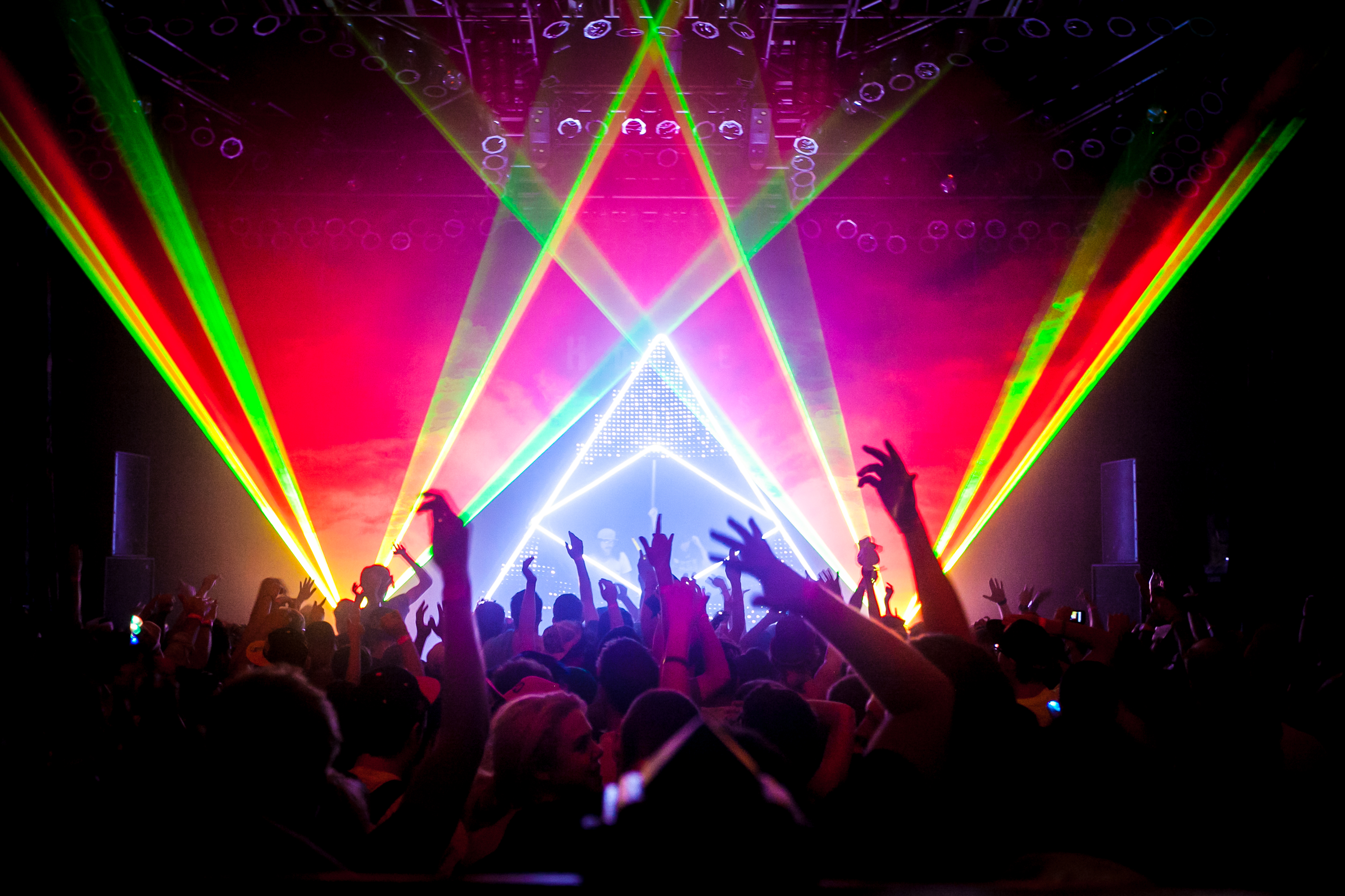 Top 5 live edm acts your edm for Define house music
