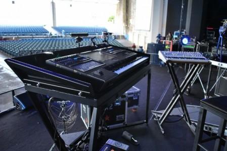 mike-shinoda-linkin-park-keyboard-youredm