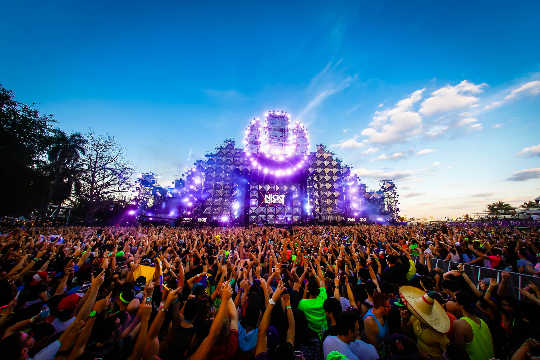 ultra music festival entices audiences with 2014 promo