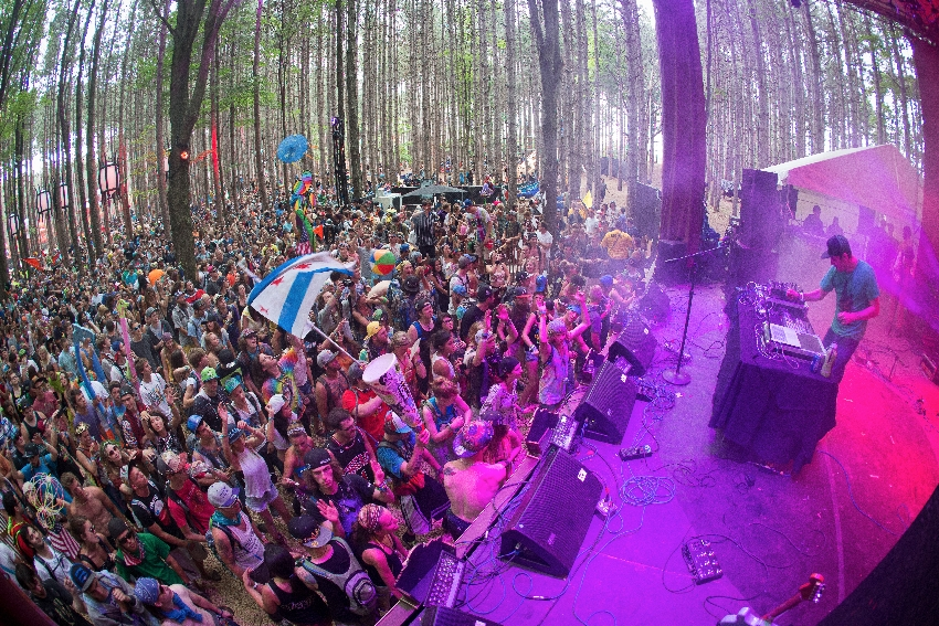 electric-forest-death