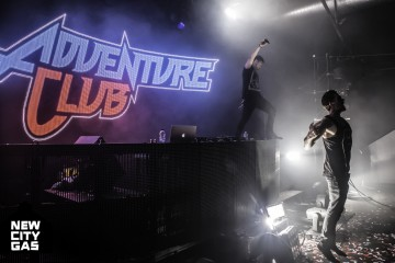 adventure-club-selfie-the-chainsmokers