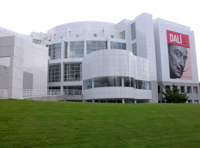 DALI-Exhibition-High-Museum-of-Art-Homa-Nasab-MuseumViews-ARTINFO-5