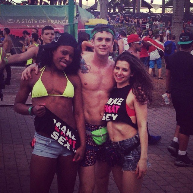 iheartraves_umf1