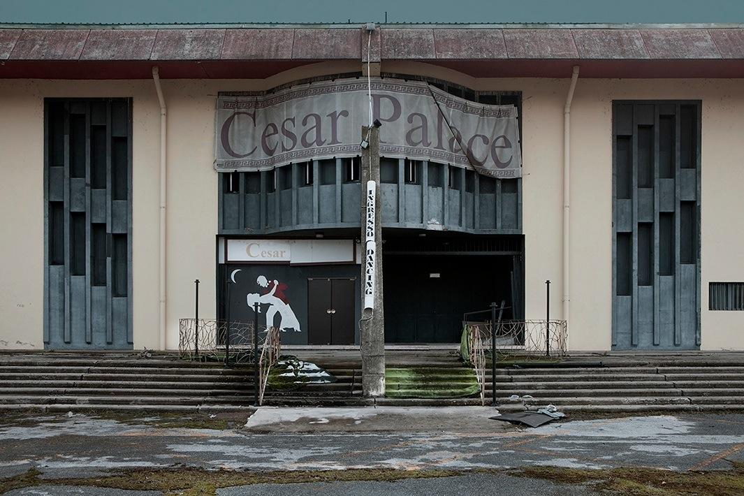 Cesar Palace.
