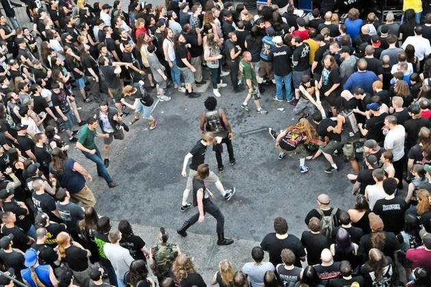 Mosh Pits Banned From Warped Tour