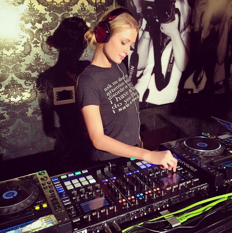 Paris Hilton - Studio 3