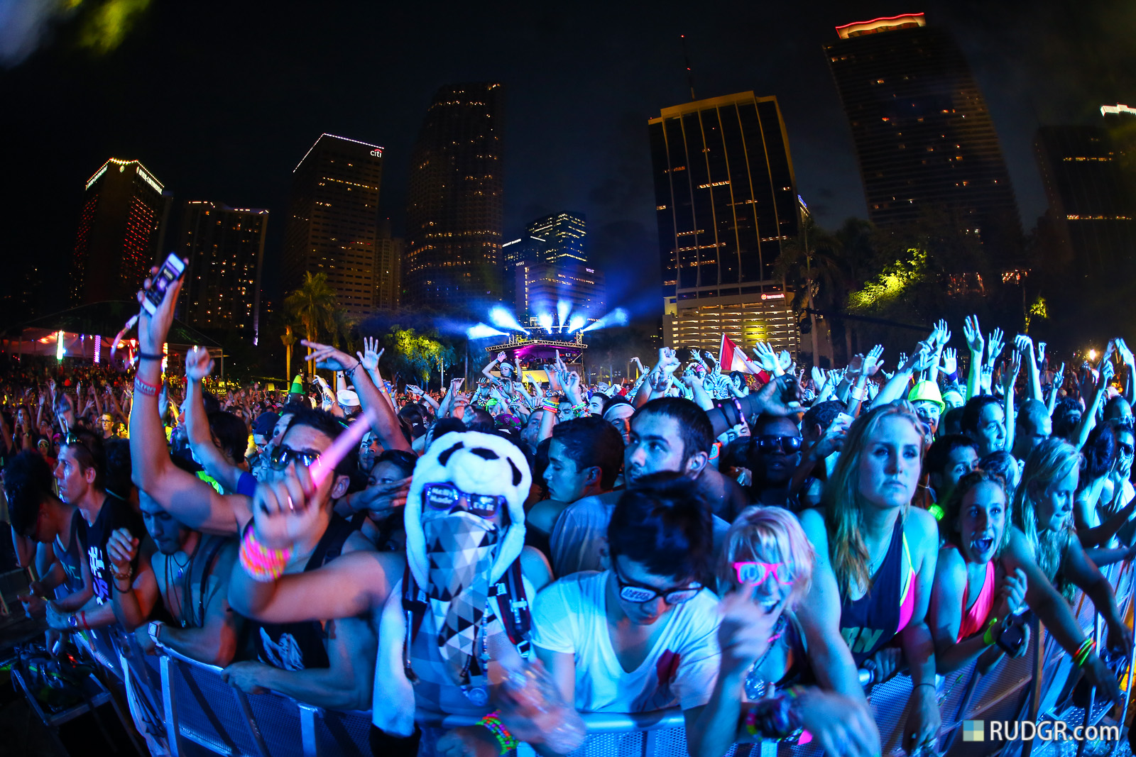 Download Ultra Music Festival Wallpaper Hd Gallery: Firechat Is The Future Of Festival Texting