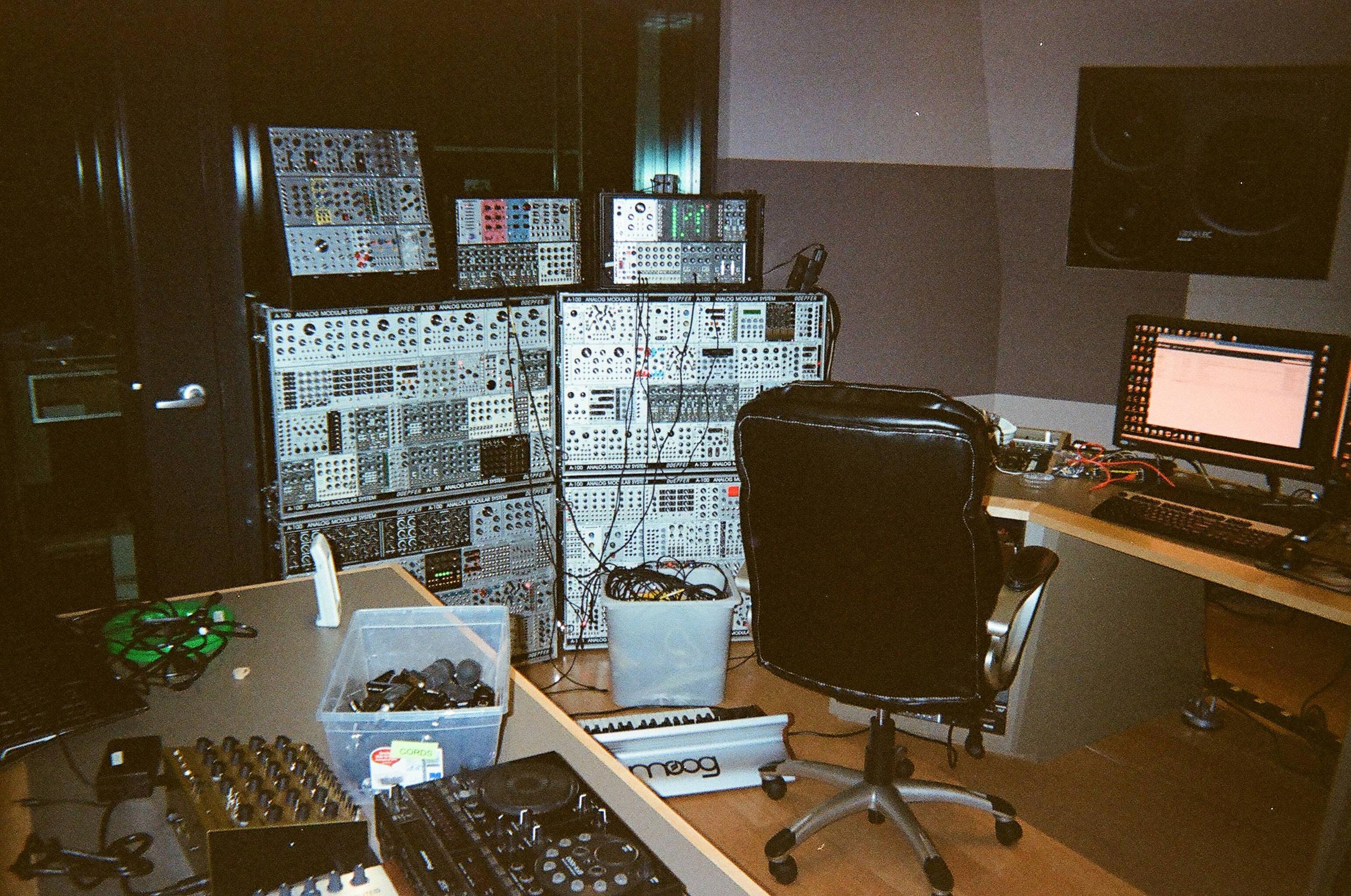 04 - Studio Pic 3