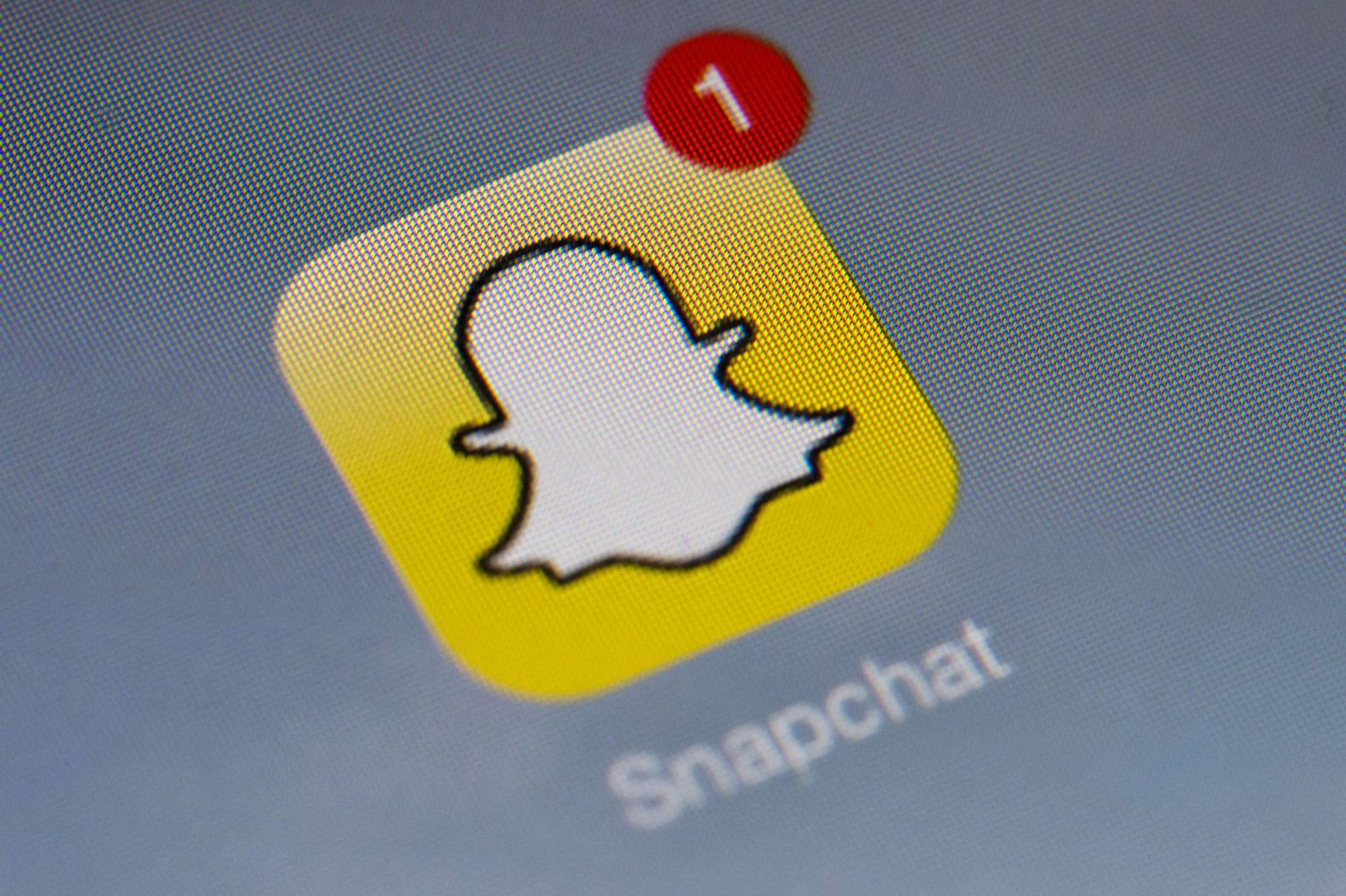 Snapchat Sees First-Ever Decline In Users Despite Increase In Revenue | Your EDM