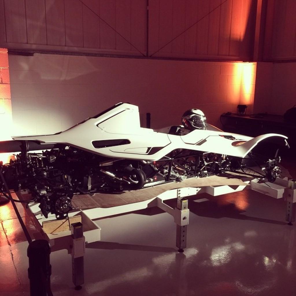 Deadmau5-Mono-Sportscar3