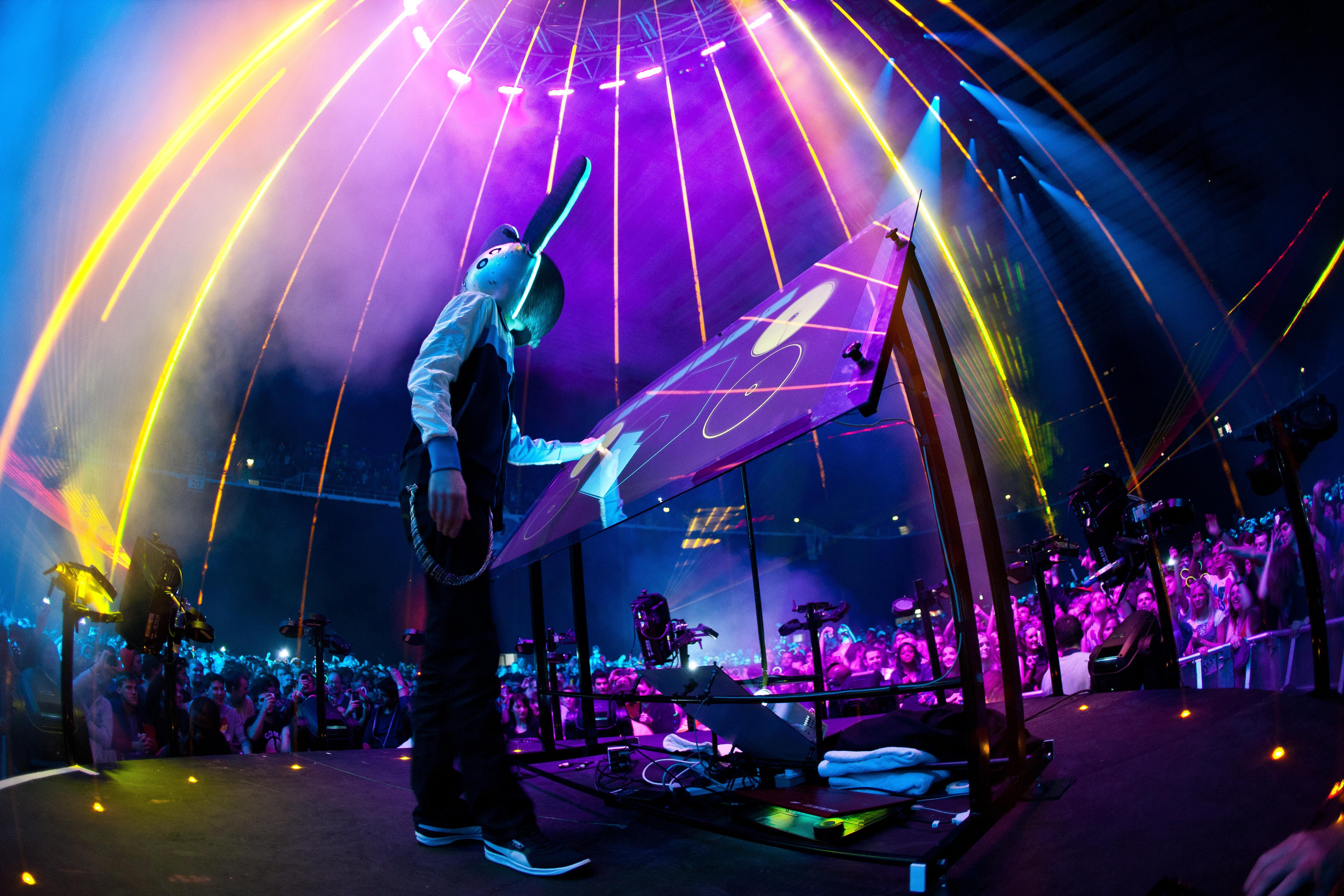 Dj Wallpapers Hd 2016: Weekend Rewind: Deadmau5's Epic 2008 Essential Mix