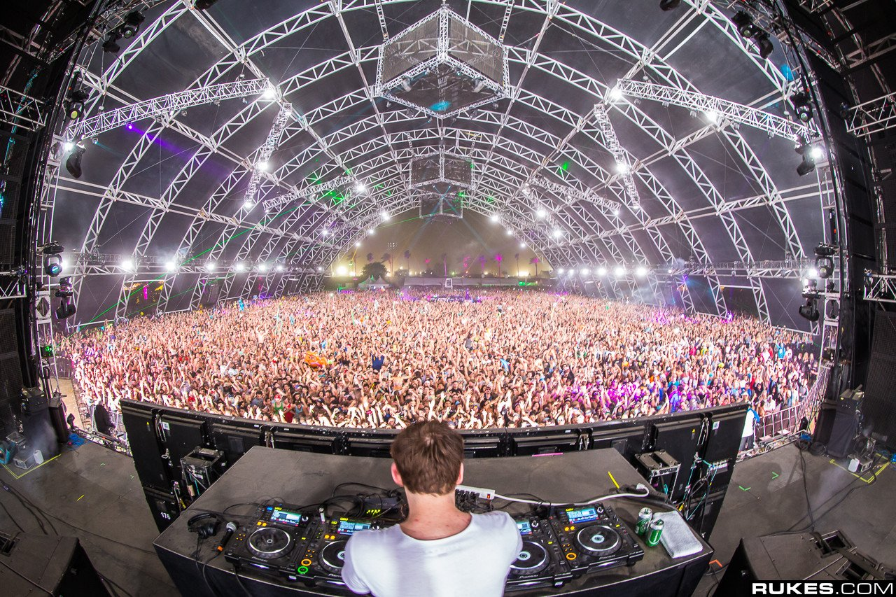 how to get noticed in dance music industry