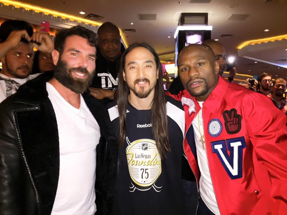 Photo of Dan Bilzerian & his friend dj  Steve Aoki - Longtime