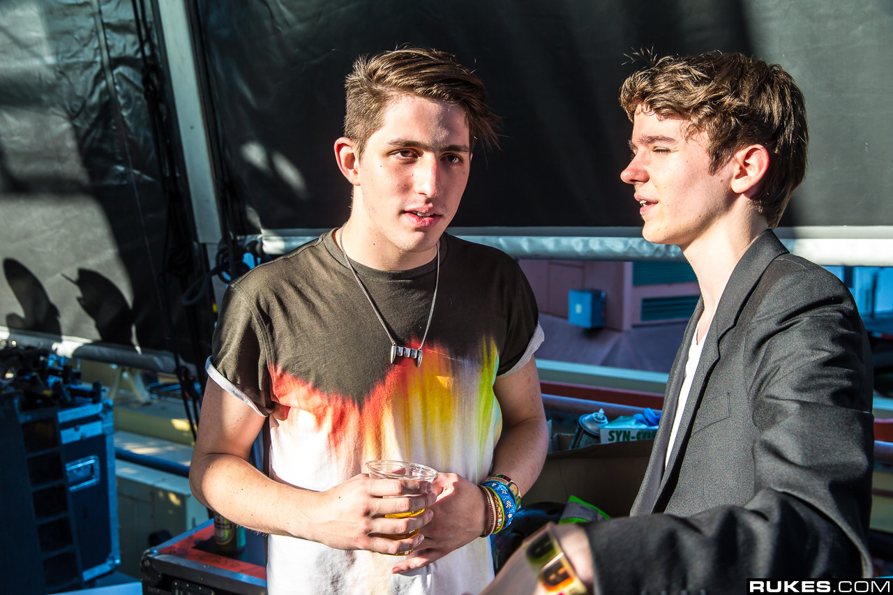 Porter robinson discusses past relationship with madeon for Madeon y porter robinson