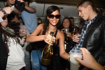 party jet rihanna