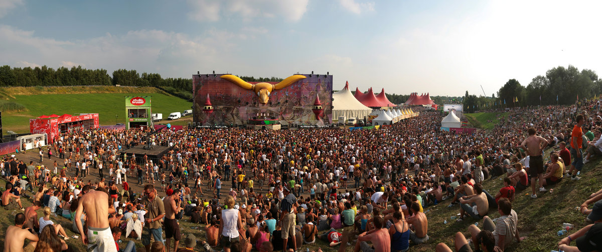 tomorrowland2008