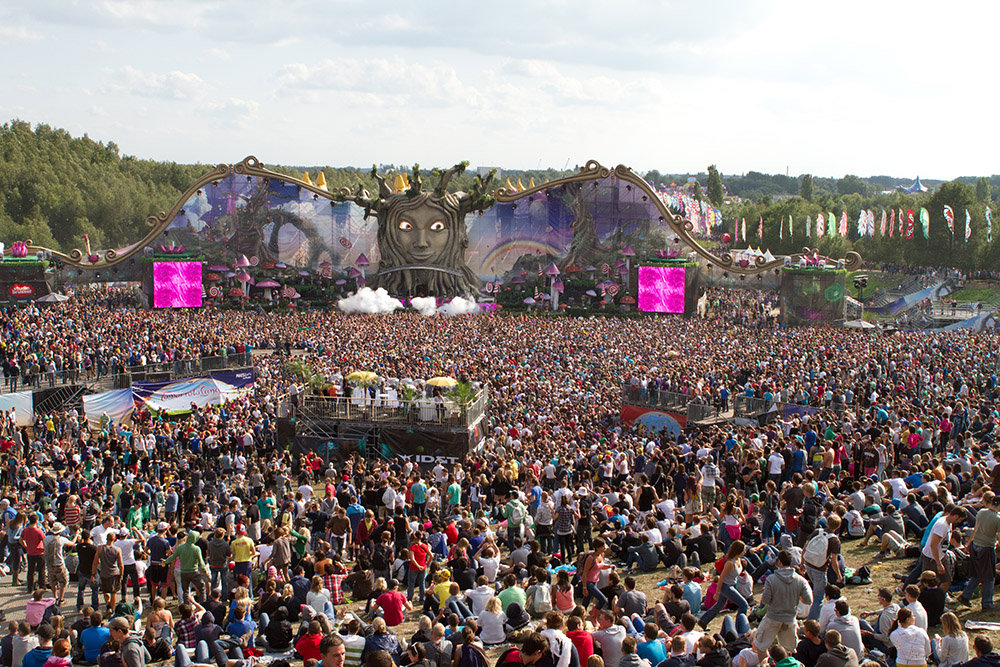 tomorrowland2011