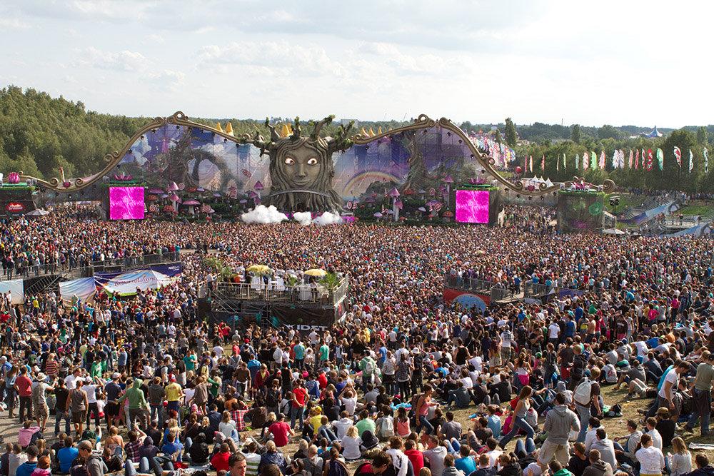 tomorrowland2011