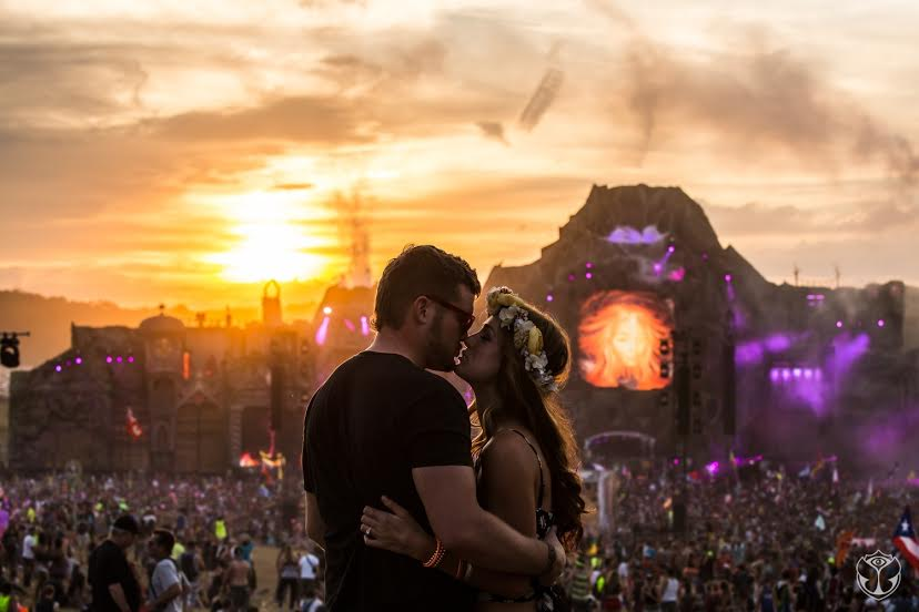 tomorrowworldcouplevolcano
