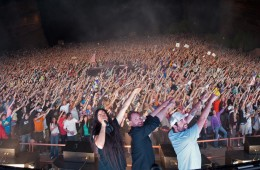 bassnectar-family-photo-red-rocks-06-02-2012_heathermarieryan_liaholland
