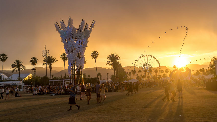 large_Coachella_2014_sunset-2