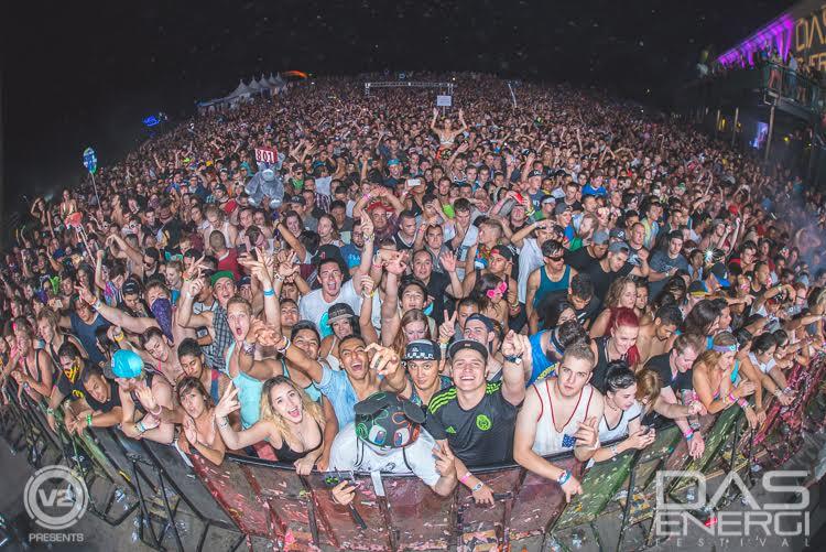 Das Crowd