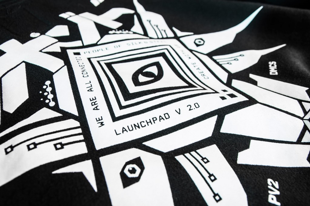 LAUNCHPAD_BACK_PIECE_UPCLOSE_