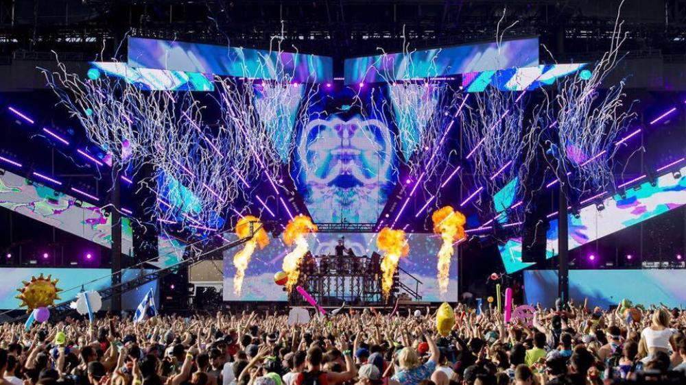 veld-music-festival-2015-left-toronto-drenched-and-disappointed-cancels-day-two-1438702729