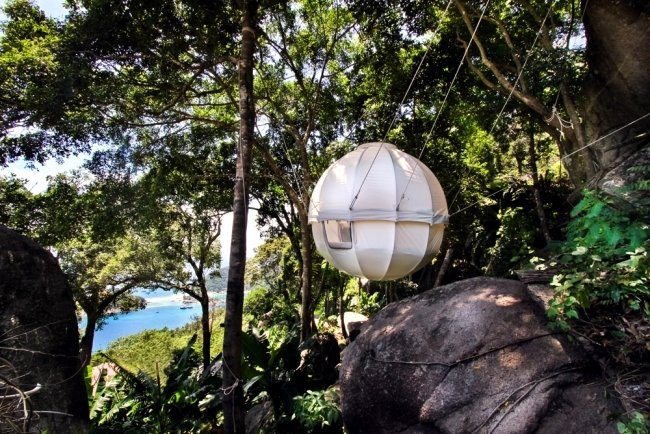 cocoon-tree-a-luxury-tree-house-tent-hanging-bed-combination-0-466797793