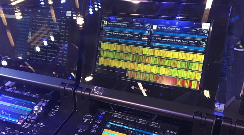 pioneer-tour-screens-rekordbox-dj