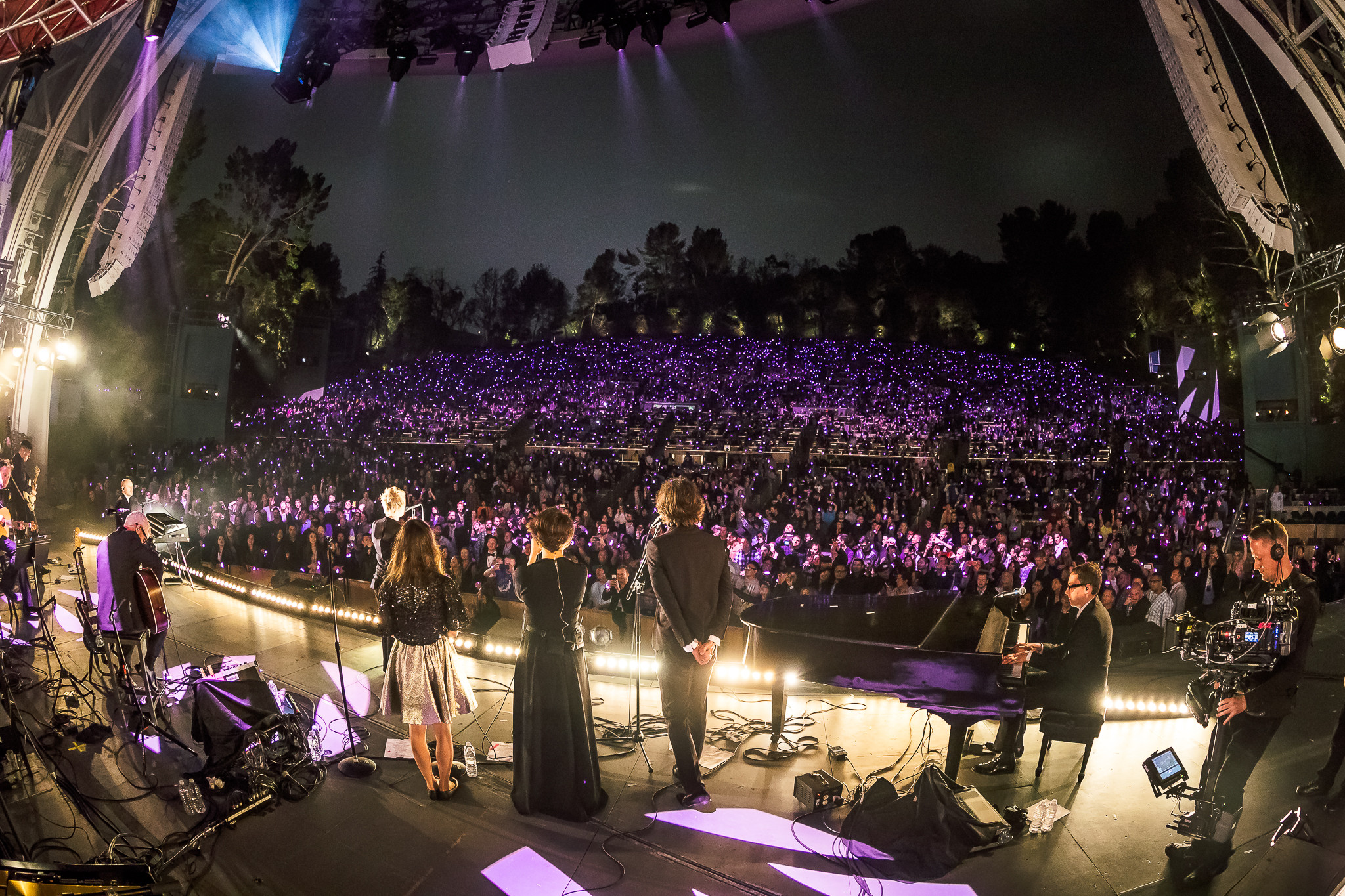 Above beyond 39 s acoustic show is beyond reproach your edm for Terrace 3 hollywood bowl