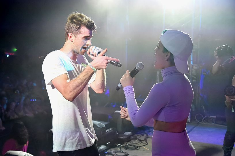 The Chainsmokers & Halsey's