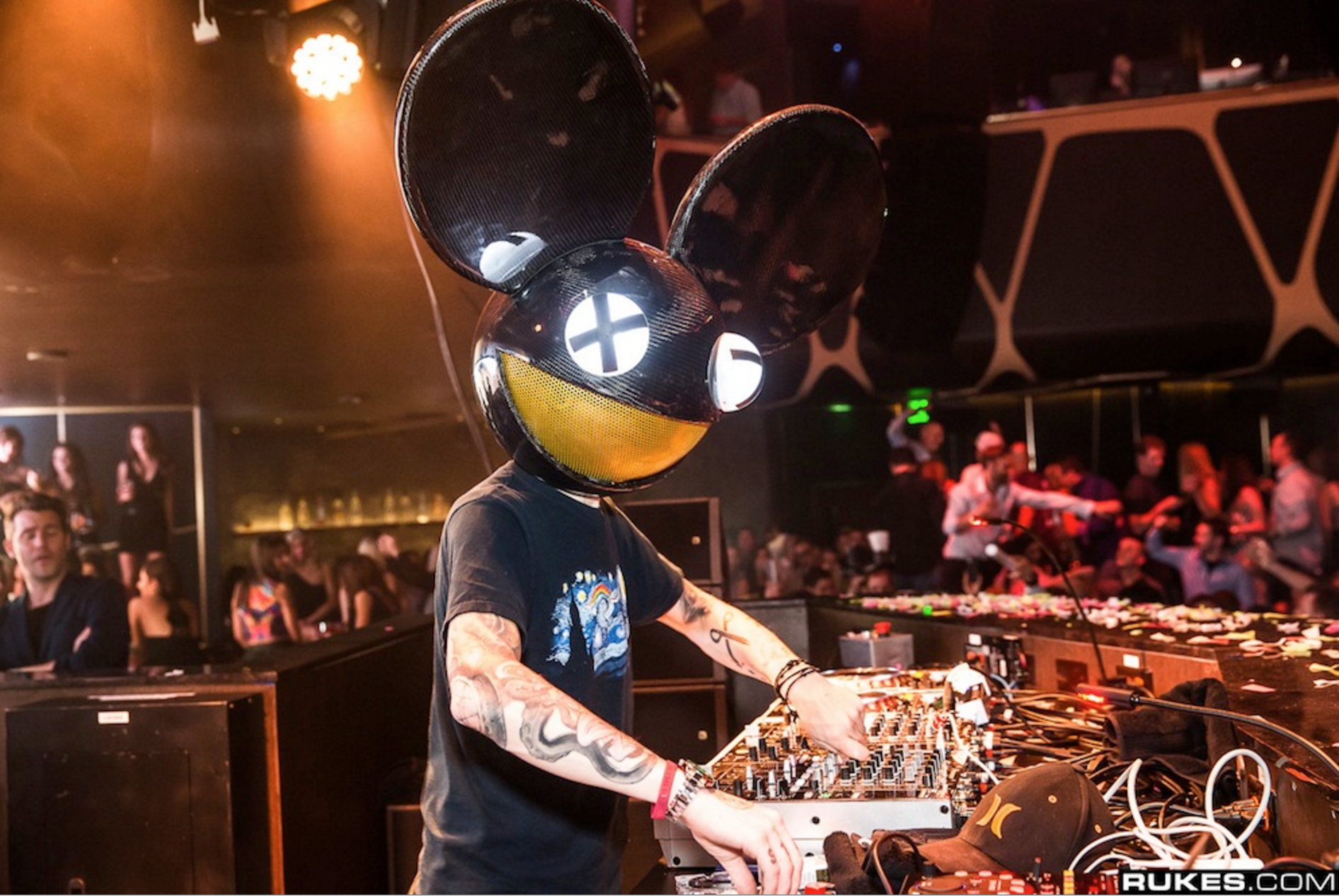 Deadmau5 Has Been Suspended From Twitch For Using A Homophobic Slur