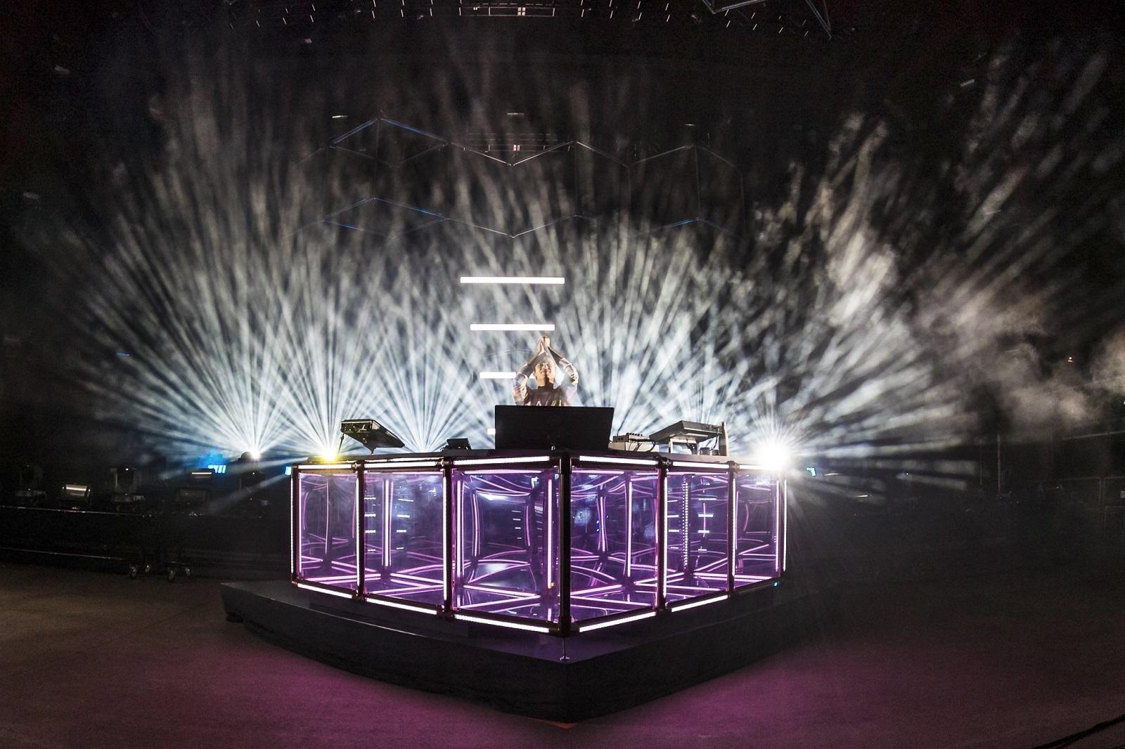 Review: Cymatics Helix for Serum   Your EDM