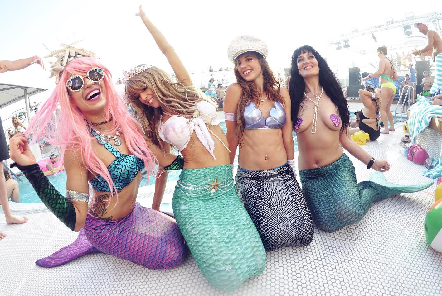 groove-cruise-2016-mermaids
