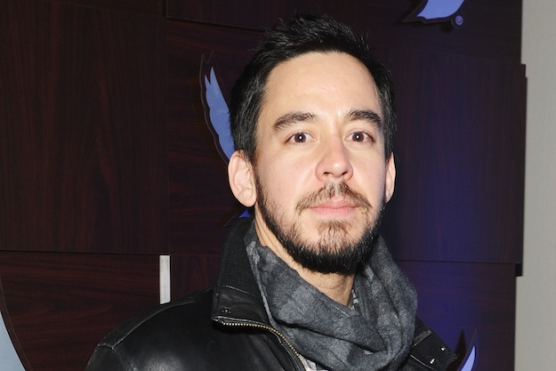 Mike Shinoda releases EP, pays tribute to Chester Bennington