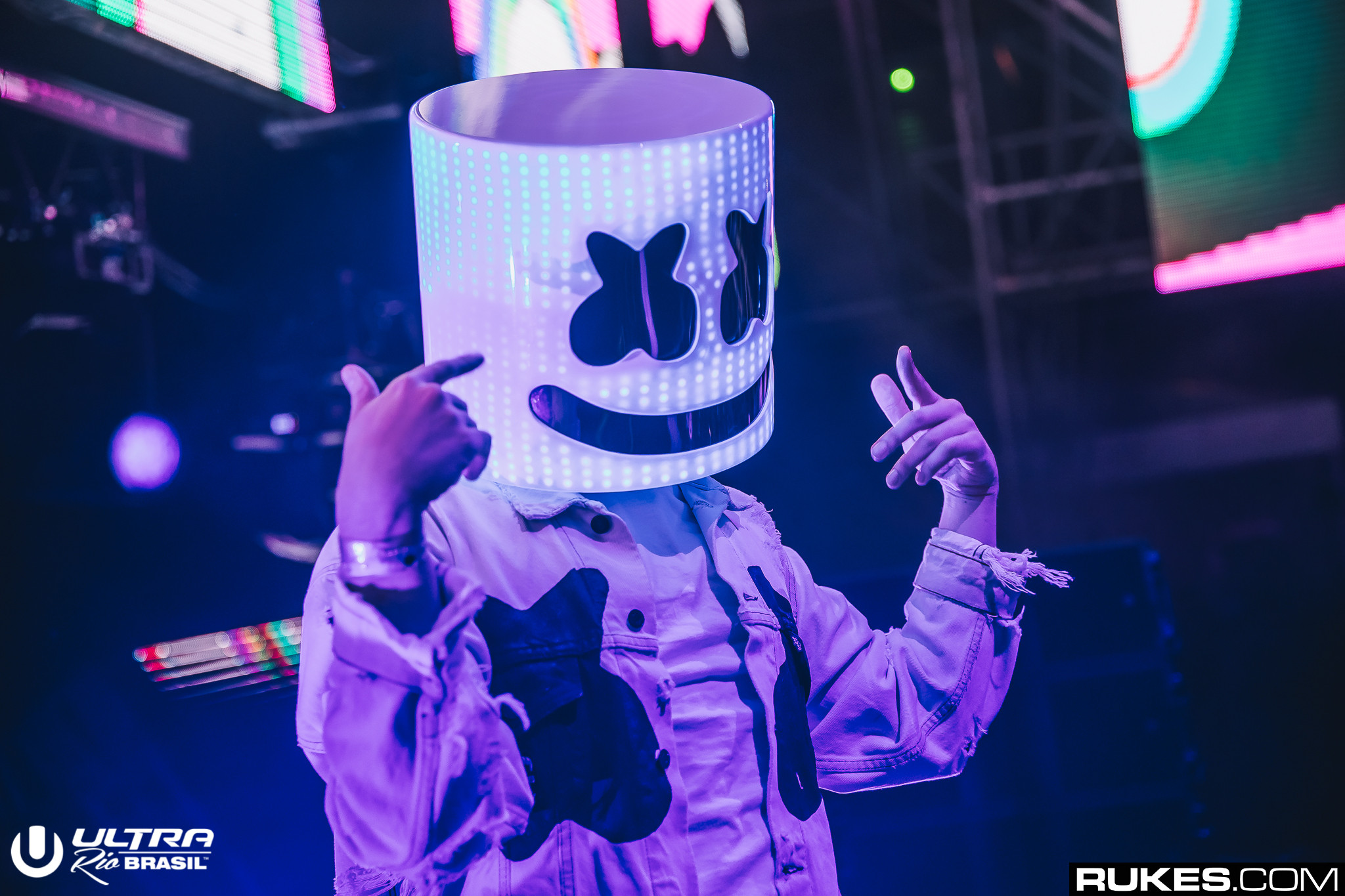 marshmello is bringing it back to dance music with brand new ep your edm. Black Bedroom Furniture Sets. Home Design Ideas