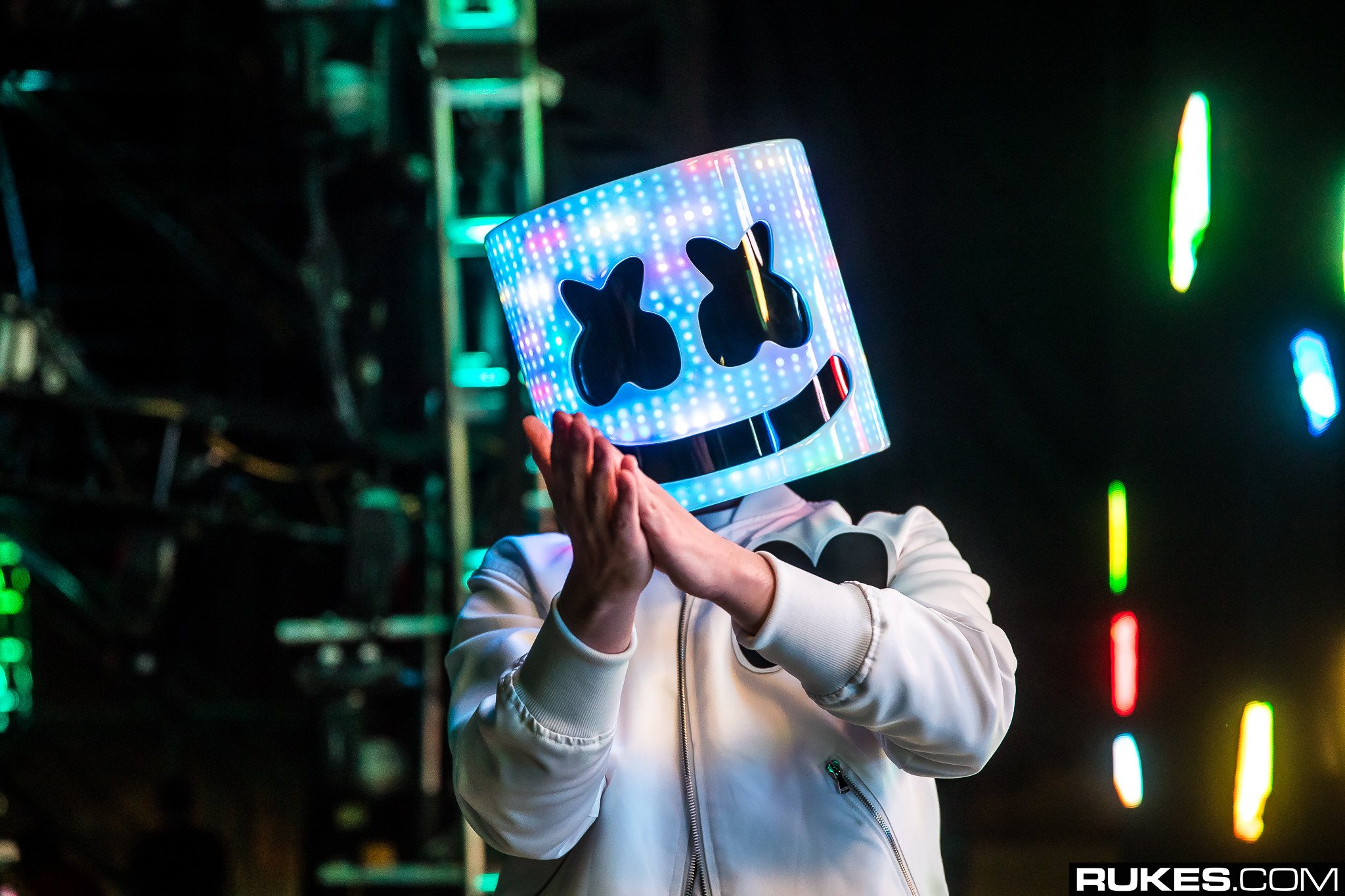 Meet marshmellos mom in this special edition of his web series marshmello stopboris Choice Image
