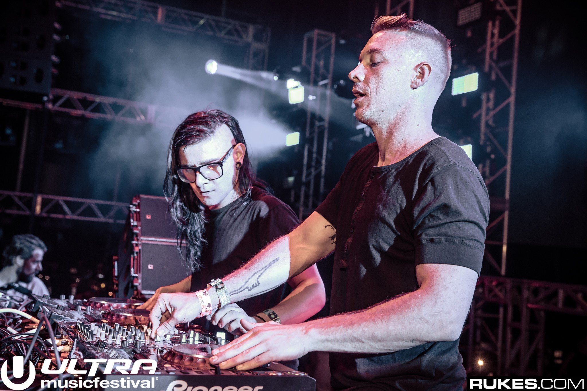 jack Ü teases reunion if three guys from switzerland can do it