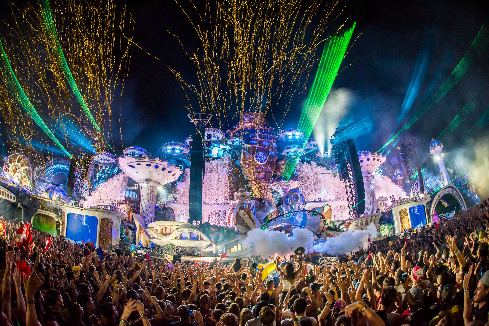 main stage Tomorrowland