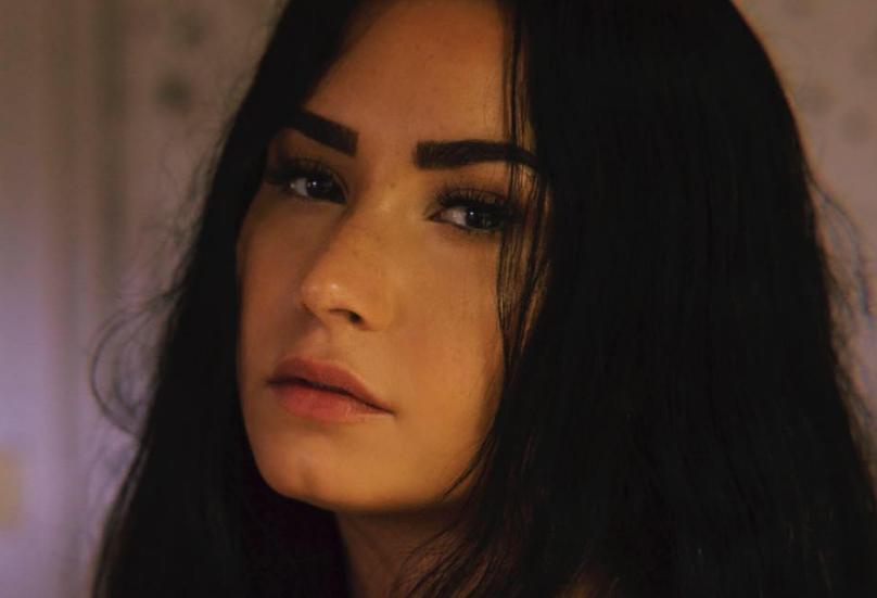 via Demi Lovato