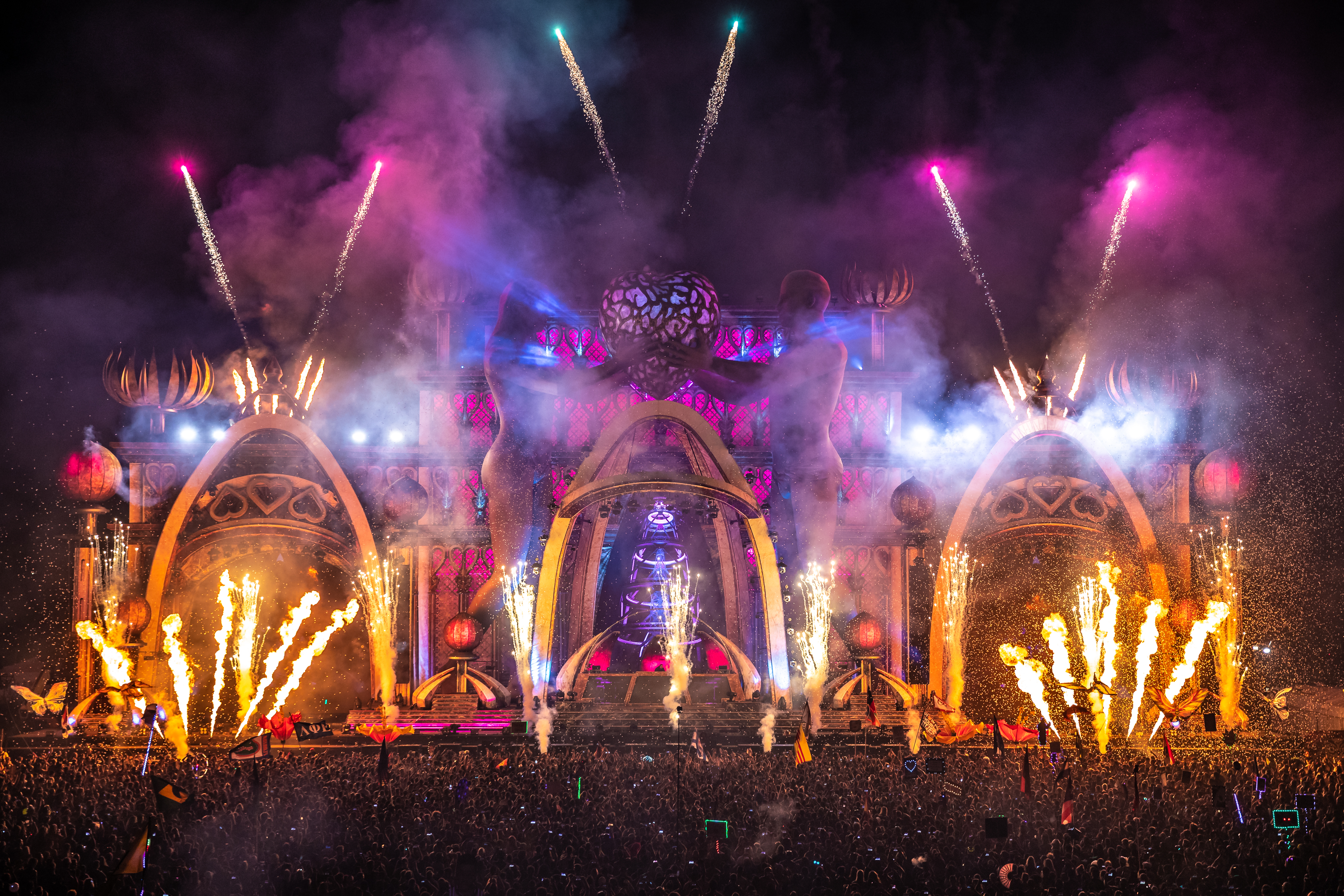 EDC Orlando Shines Bright Under the Electric Sky [Event