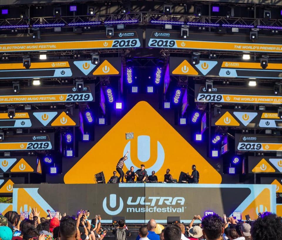 Cash Cash Threw A Mixer Into The Crowd At Ultra After