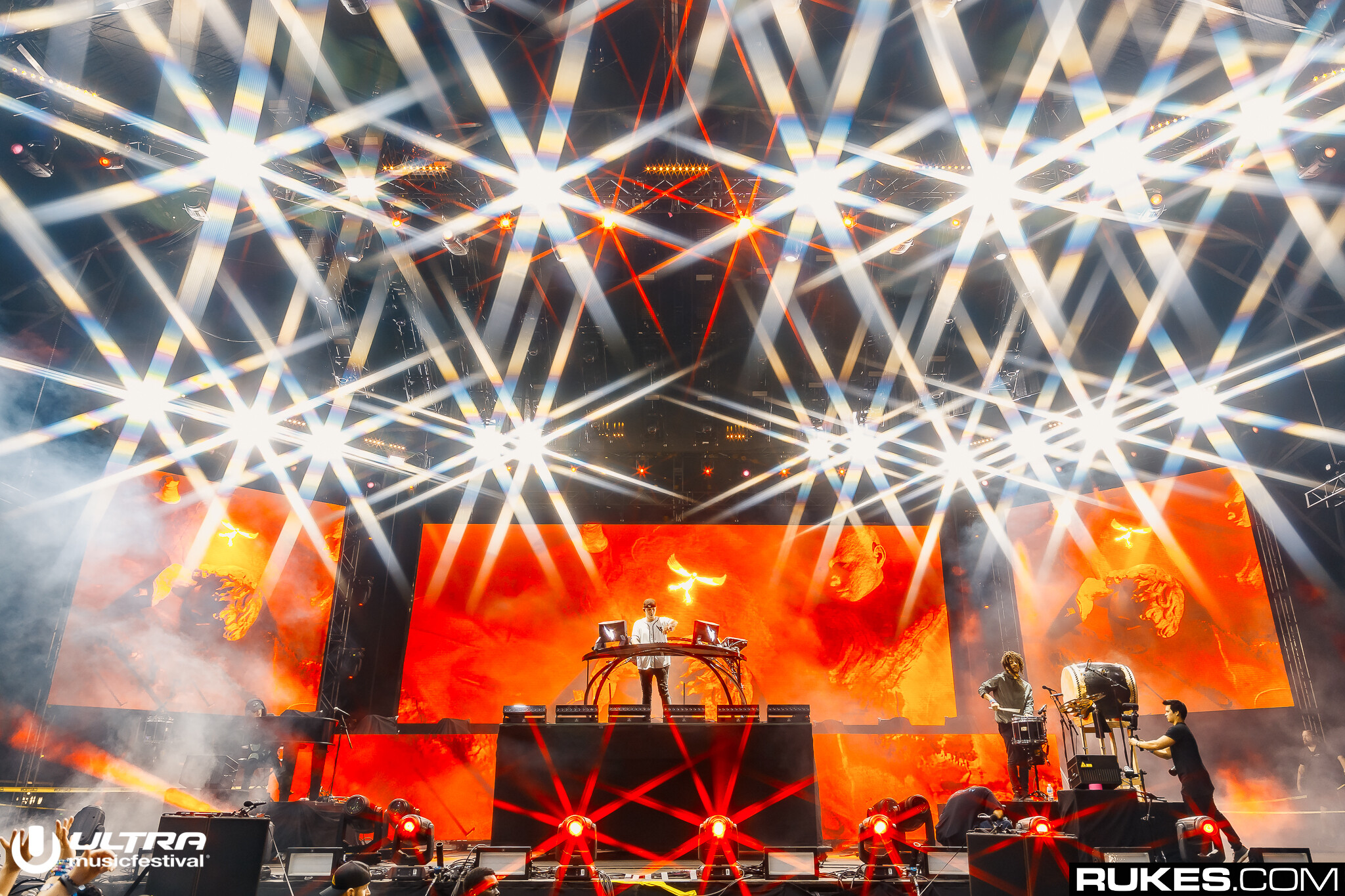 ILLENIUM Releases New Song With Jon Bellion,