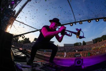 timmy trumpet tomorrowland