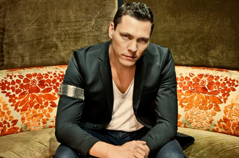 Tiesto Rushed to Hospital After Injury