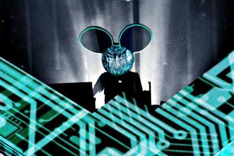 deadmau5 Live @ iTunes Festival 2012 (Video, Tracklist and Download Link)
